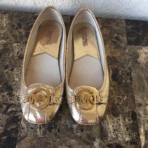 Michael kors gold flats shoes size 8M